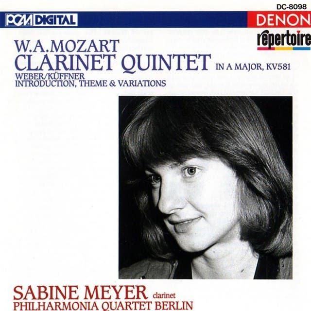 Mozart: Clarinet Quintet, Weber & Küffner: Introduction, Theme & Variations