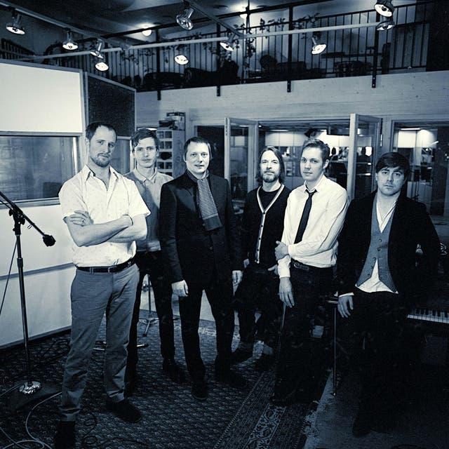 Magnus Carlson & The Moon Ray Quintet image