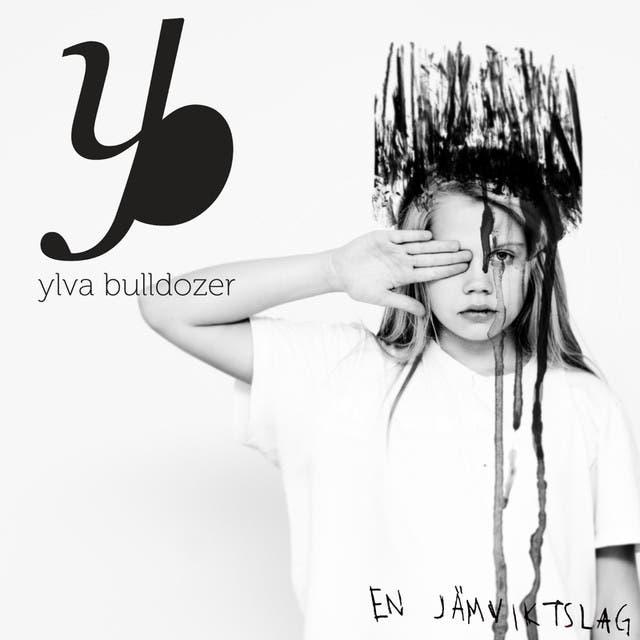 Ylva Bulldozer