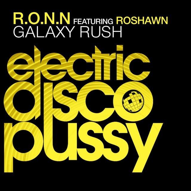 Galaxy Rush (feat. Roshawn)