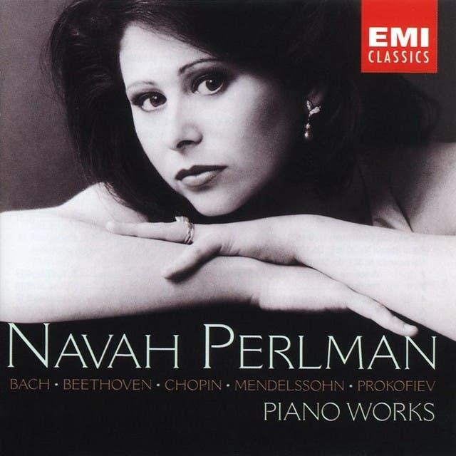 Navah Perlman