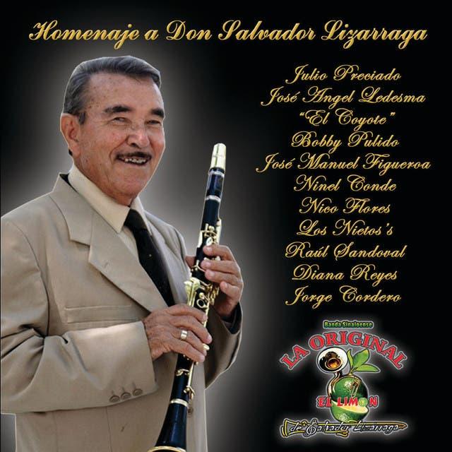 Homenaje A Don Salvador Lizarraga