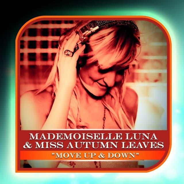 Mademoiselle Luna image