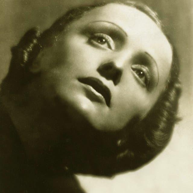 Edith Piaf image