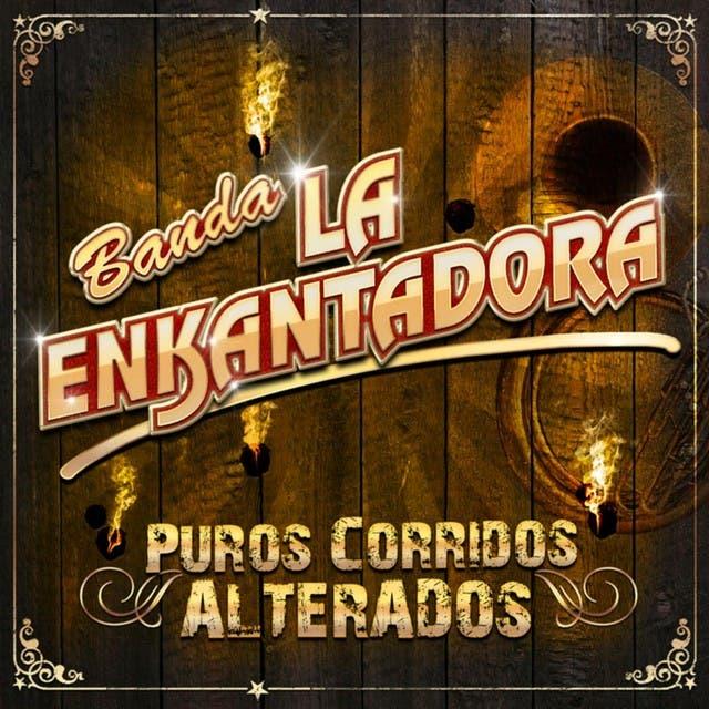 Banda La Enkantadora image