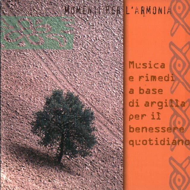 MUSICA E RIMEDI A BASE D'ARGILLA PER IL BENESSERE QUOTIDIANO