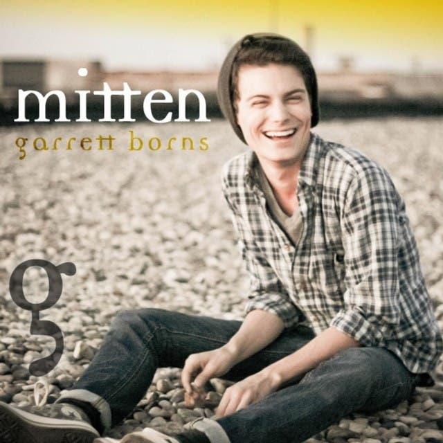 Garrett Borns