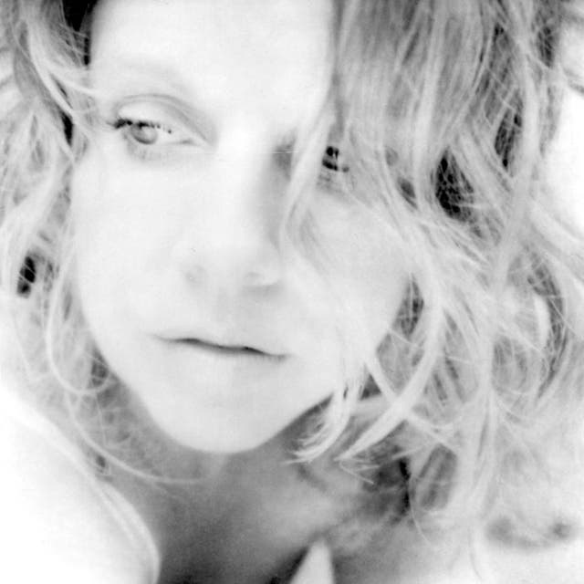Tanya Donelly image