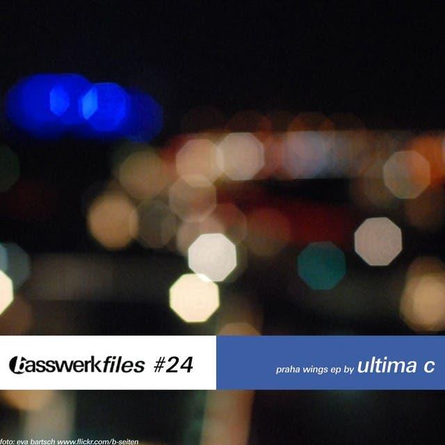 Ultima C image