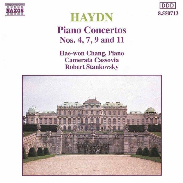 Haydn: Piano Concertos Nos. 4, 7, 9 And 11
