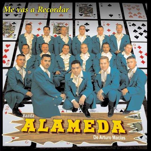 Banda Alameda De Arturo Macias